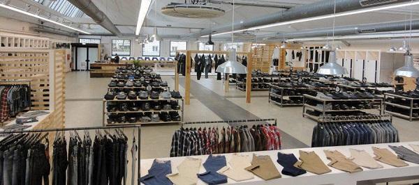 Soldes et promos aux magasins d'usines à Weil am Rhein